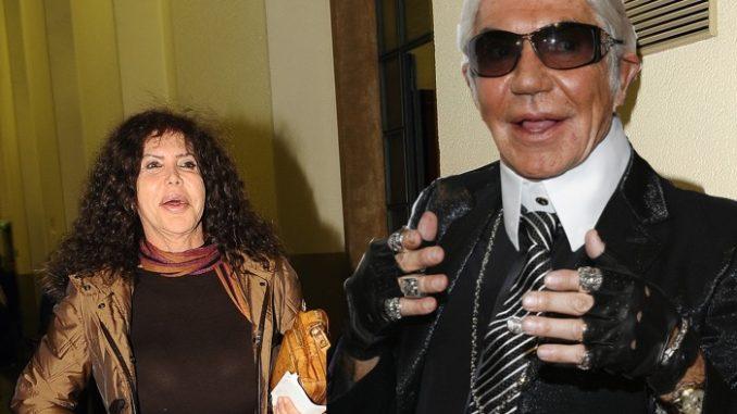 wholesale dealer a5d66 49b0e Lapo Elkann si fidanza con Roberto Cavalli: